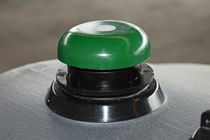 Système anti-débordement avec sifflet pour cuve fuel